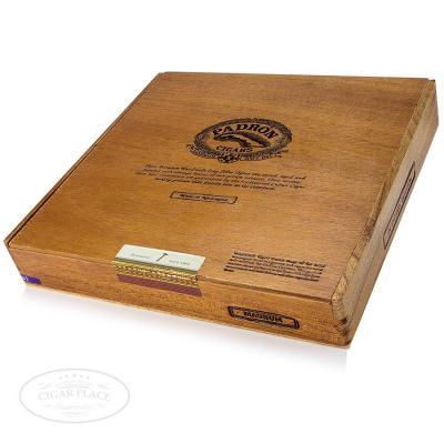 Padron Magnum-www.cigarplace.biz-32