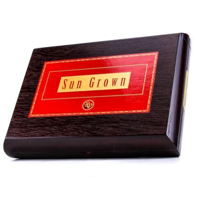 Rocky Patel Sun Grown Petit Corona Cigars Box