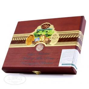 Oliva Master Blends 3 Assortment + Cigar Cutter Cigar Sampler