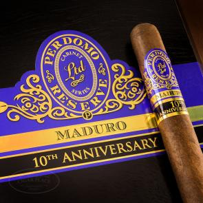Perdomo Reserve 10th Anniversary Maduro Super Toro Cigars-www.cigarplace.biz-21